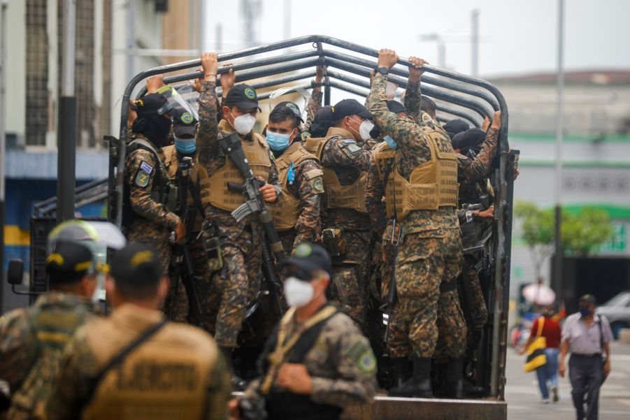 L'armée dans les rues d'El Salvador.
