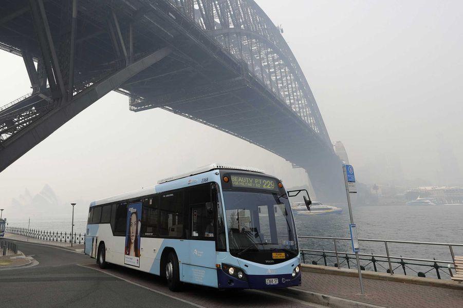 Sydney submergée par la fumée toxique des incendies — Australie