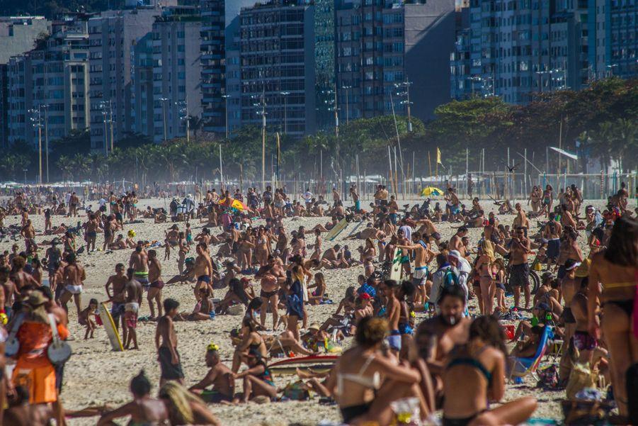 Plus de 2 millions de personnes sont touchées par le Covid-19 au Brésil.