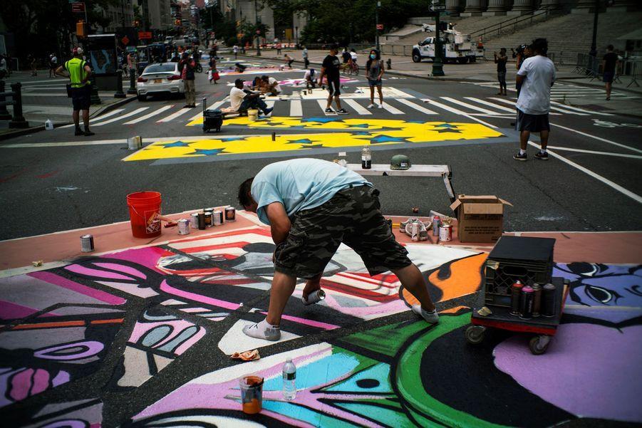 Peinture en cours à Manhattan, un autre quartier de New York.