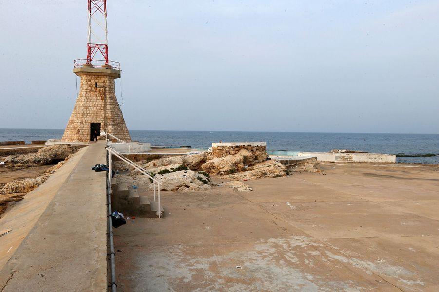 Une plage de Beyrouth (Liban), le 15 mars.