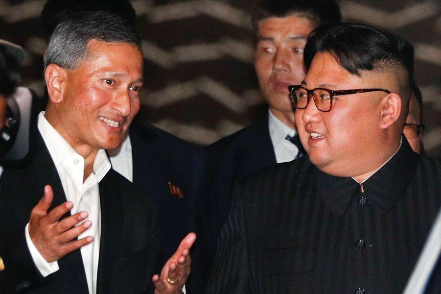 Le dictateur de la Corée du Nord Kim Jong-Un s'est offert une virée nocturne lundi soir, à Singapour, à quelques heures d'une rencontre historique avec le président des Etats-Unis, Donald Trump.