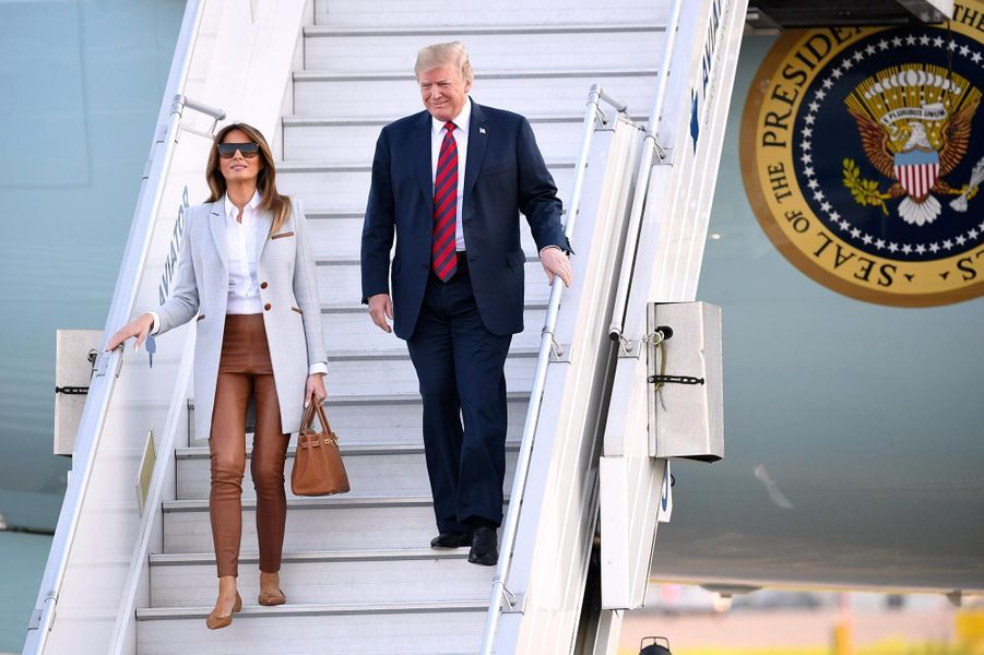 Melania et Donald Trump arrivant en Finlande, le 15 juillet 2018.