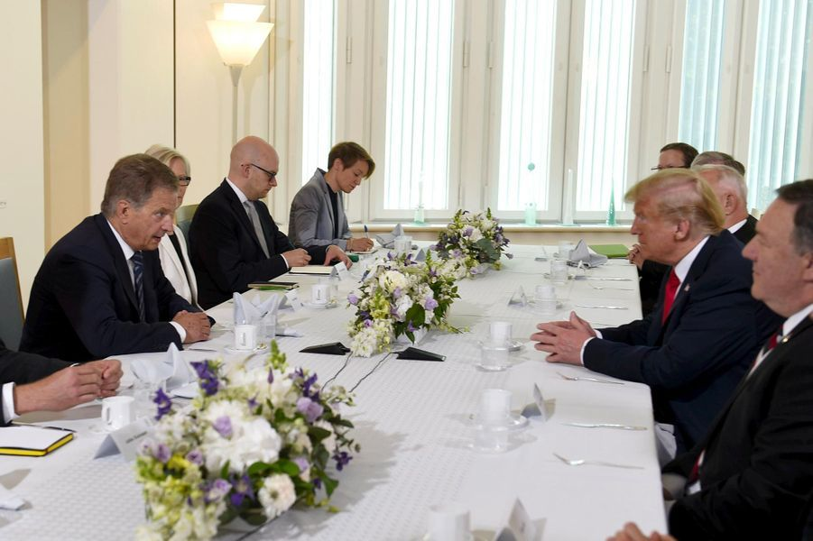 Donald Trump lors d'un petit-déjeuner avec le président finlandaisSauli Niinisto à Helsinki, le 16 juillet 2018.