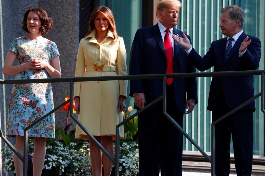 Donald et Melania Trump avec le président finlandaisSauli Niinisto et sa femme Jenni Haukio, à Helsinki, le 16 juillet 2018.