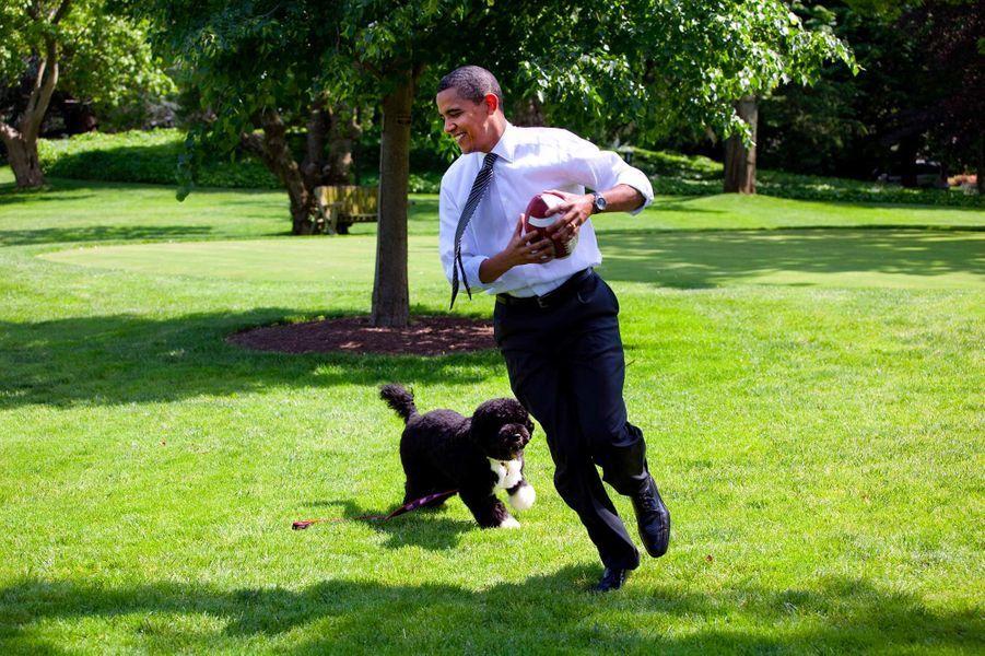 Barack Obama Bo mai 2009