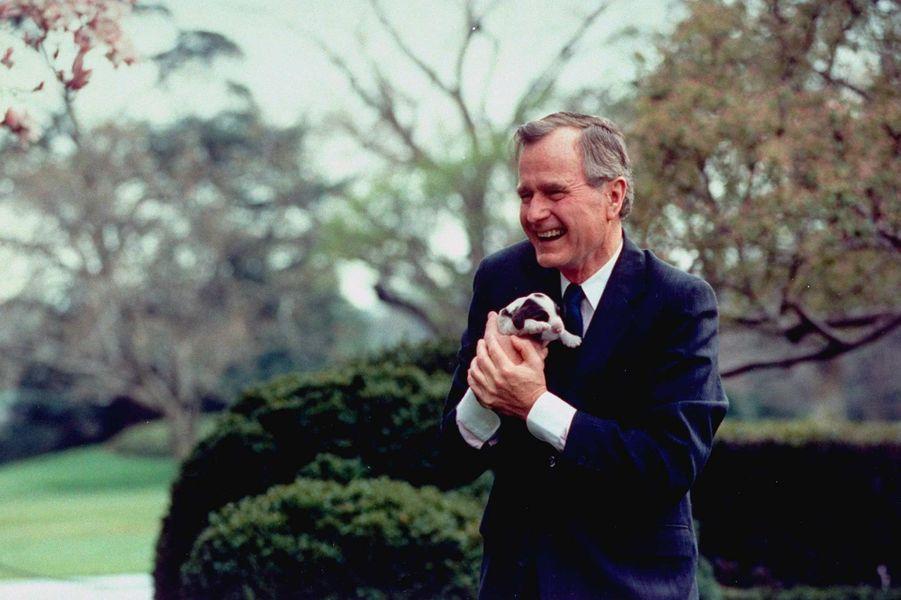 George HW Bush mars 1989