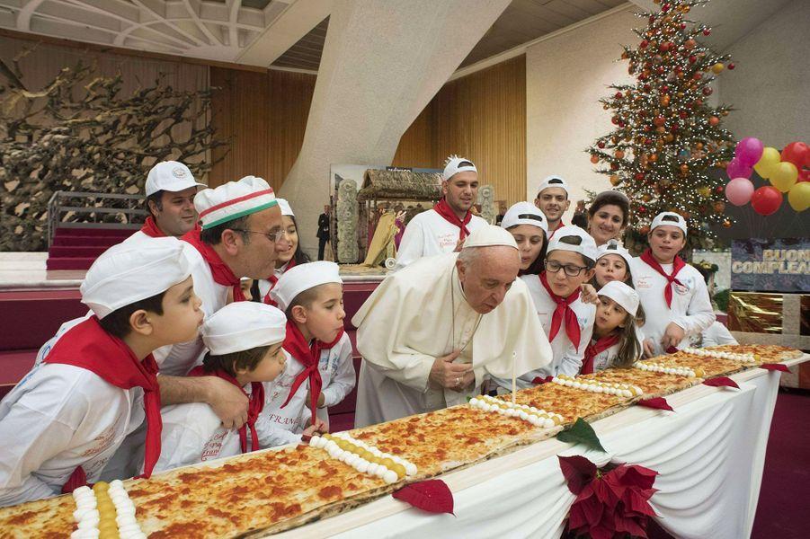 Le pape François a fêté ses 81 ans ce dimanche à Rome.