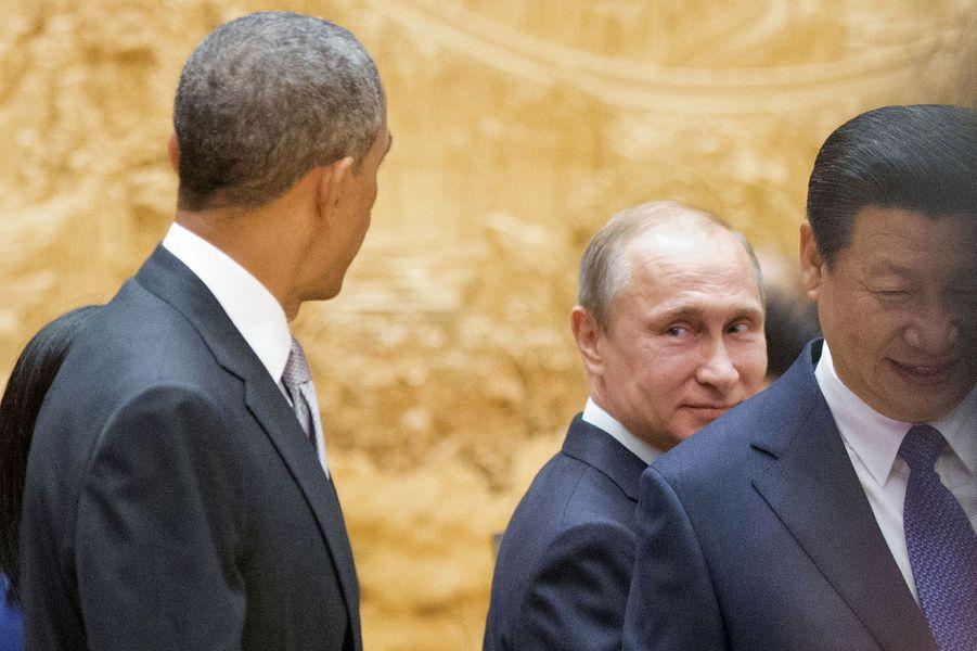 Vladimir Poutine et Barack Obamaau sommet de laCoopérationéconomique des pays d'Asie-Pacifique à Pékin (Chine), le 11 novembre 2014.