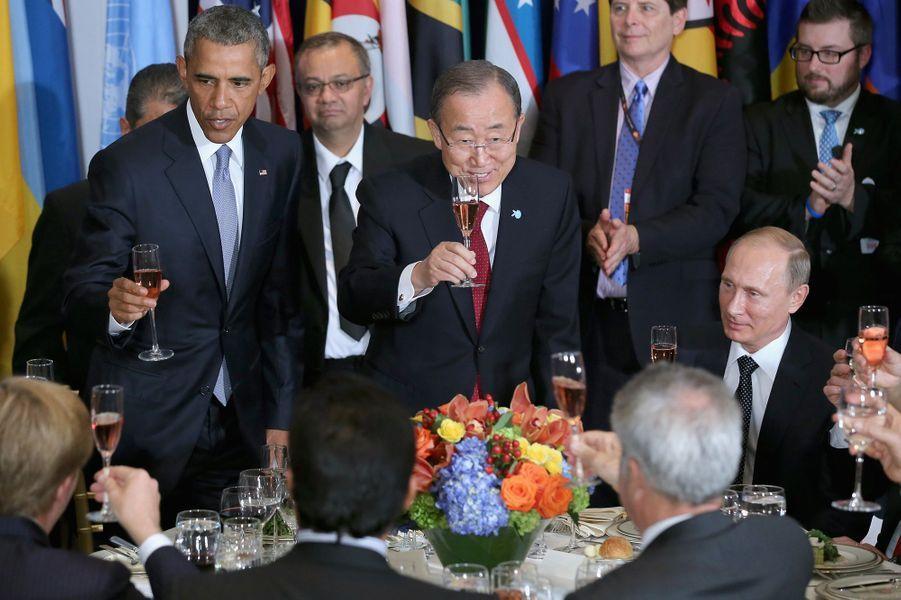 Barack Obama et Vladimir Poutinelors d'un déjeuner en marge de l'Assemblée générale des Nations Unies à New York, le 28 septembre 2015.