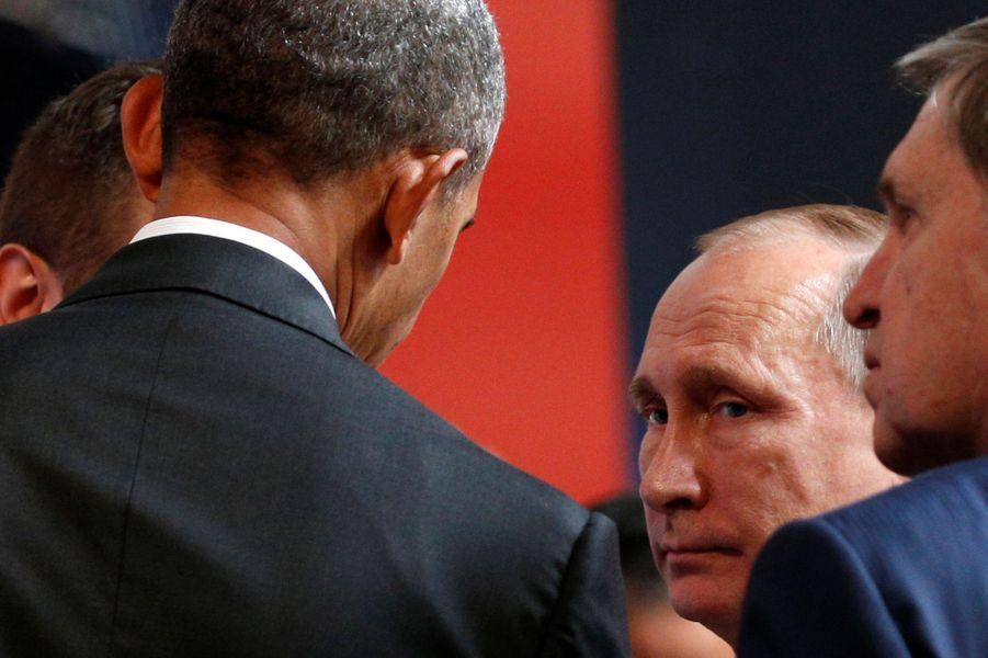 Barack Obama et Vladimir Poutine au sommet de laCoopérationéconomique des pays d'Asie-Pacifique à Lima (Pérou), le 20 novembre 2016.