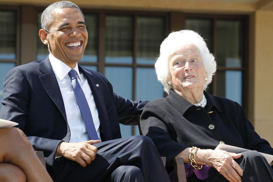 Barack Obama et Barbara Bush, en avril 2013.