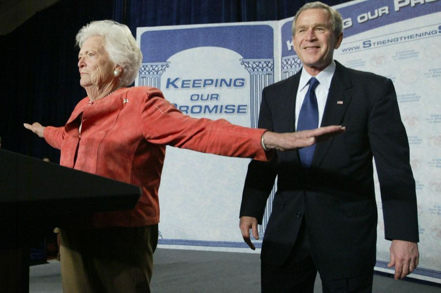 Barbara Bush et son fils George W. Bush, en mars 2005.