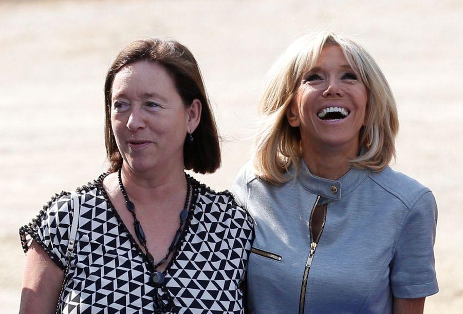 Brigitte Macron Et Les Épouses Des Dirigeants De L'Otan ( 3