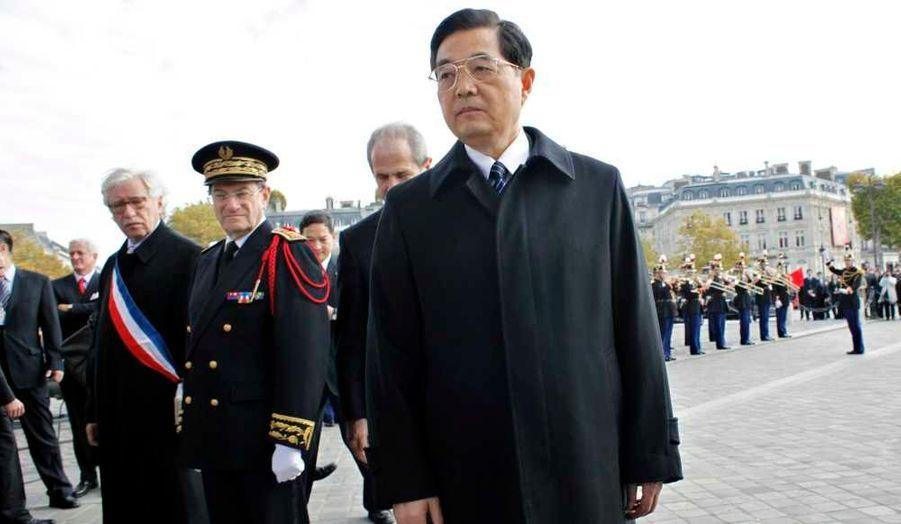 Hu Jintao va-t-il garder son poste de président de la Chine populaire ? A l'automne se déroulera le 18e congrès national du parti communiste chinois, où seront discutées les grandes orientations politiques de demain.