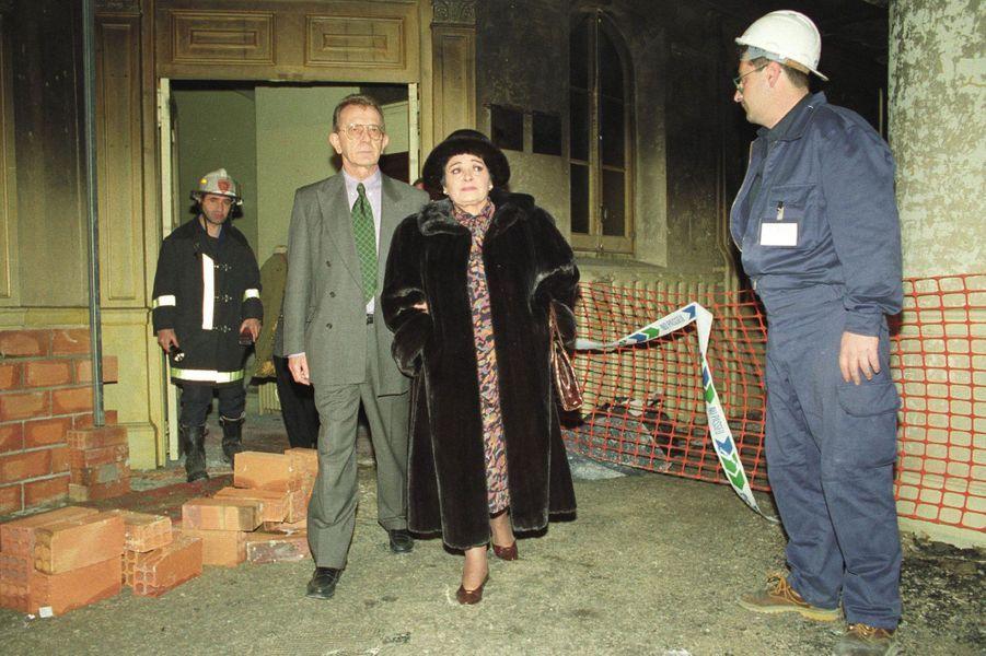 Victoria De Los Angeles, chanteuse opéra, découvre la catastrophe quelques jours après l'incendie du Liceo à Barcelone,le 4 février 1994.