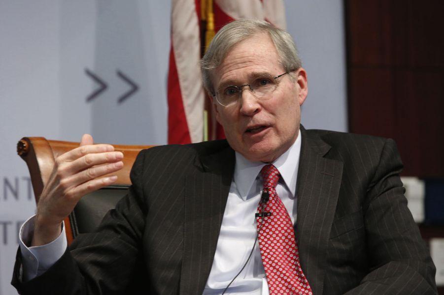 Stephen Hadley, ancien conseiller de George W. Bush, pourrait être à la Défense.
