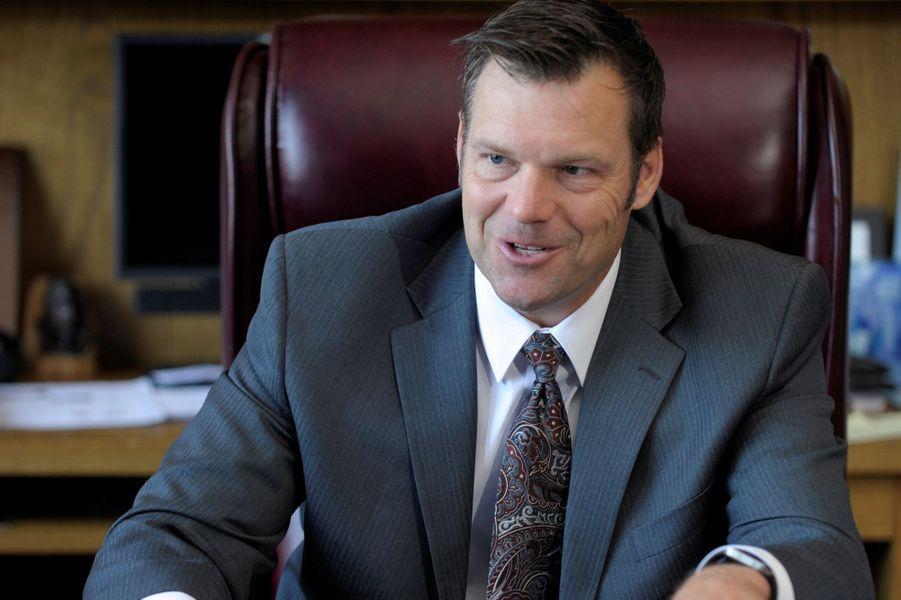 Kris Kobach serait candidat pour être procureur général.