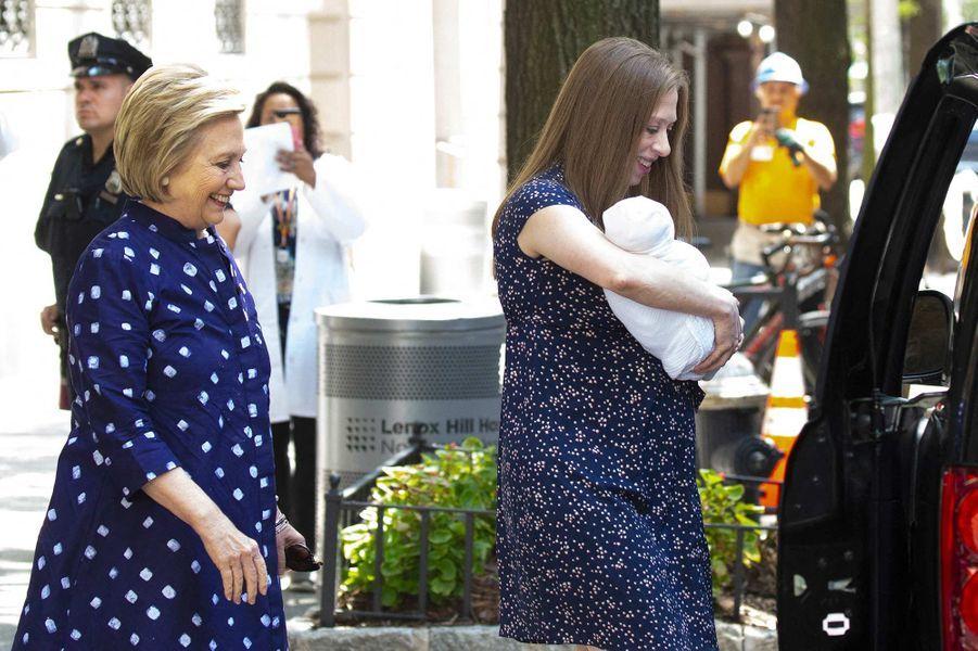Hillary et Chelsea Clinton à New York, le 25 juillet 2019.