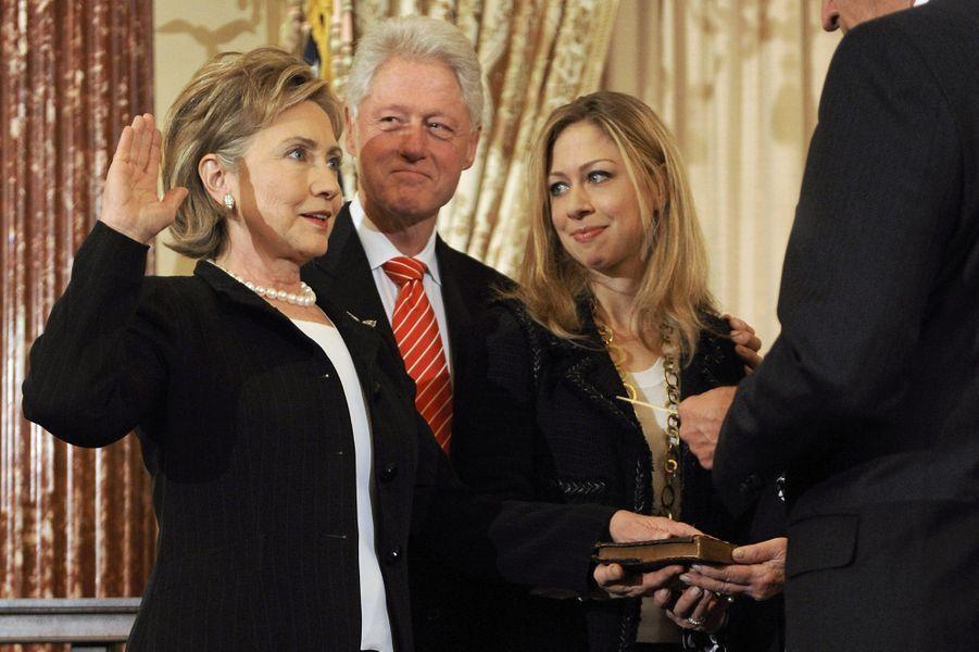 Hillary, Bill etChelsea Clinton, en février 2009.