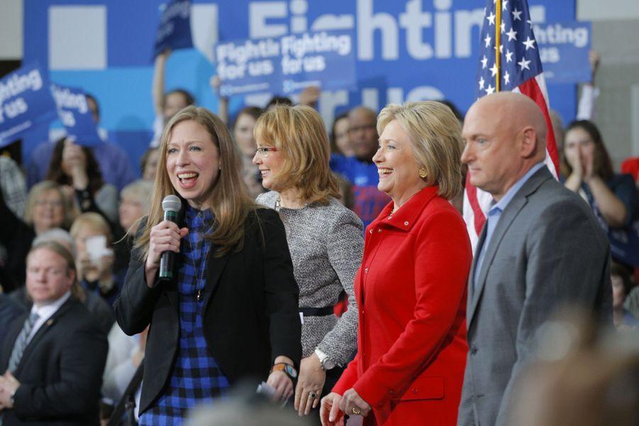 Hillary etChelsea Clinton, en janvier 2016.