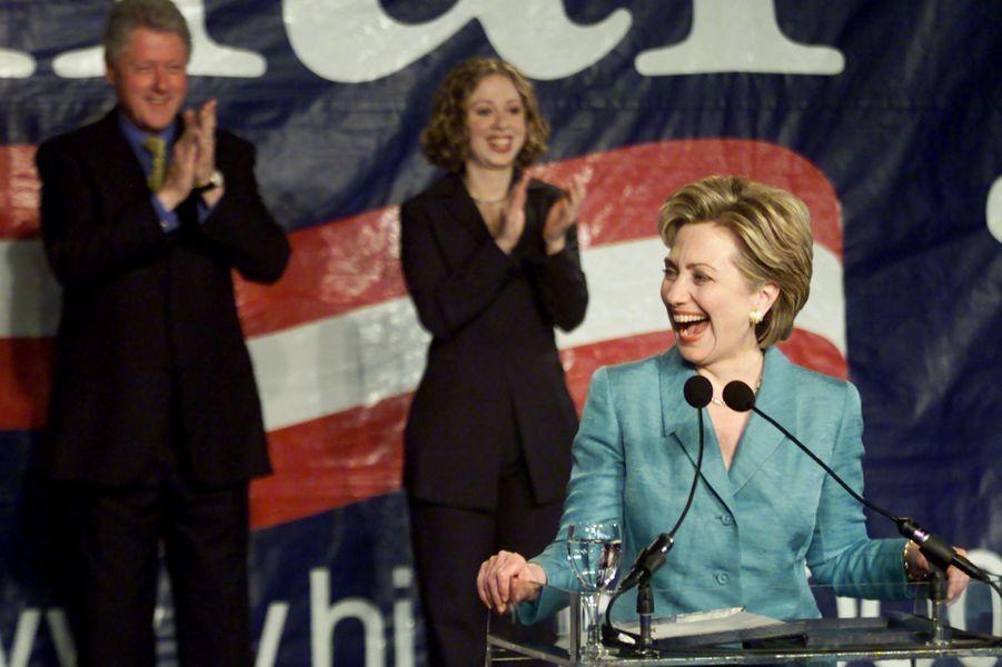 Bill, Hillary etChelsea Clinton, en novembre 2000.