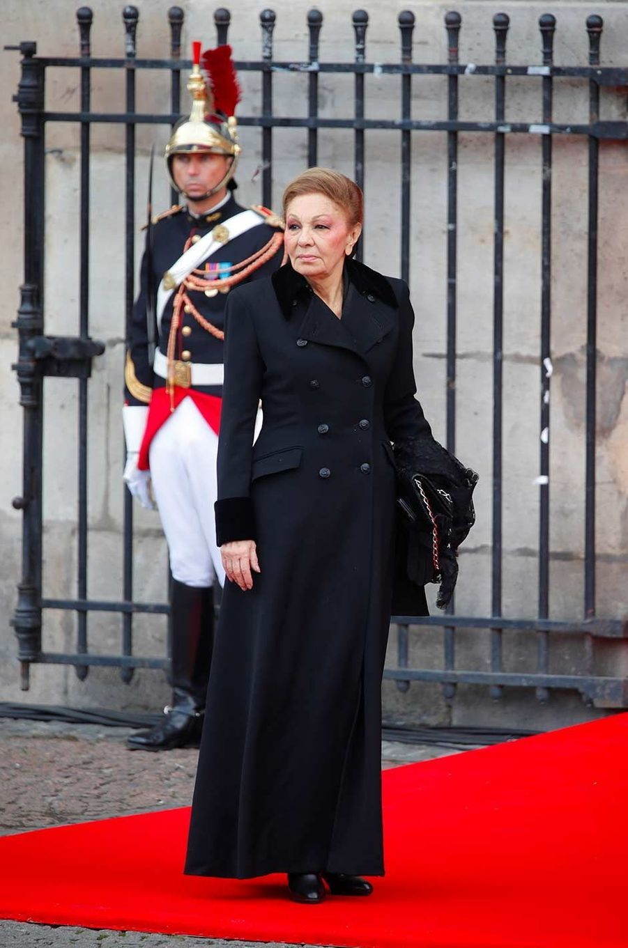 Farah Pahlavi à l'église Saint-Sulpice pour l'hommage à Jacques Chirac, le 30 septembre 2019.