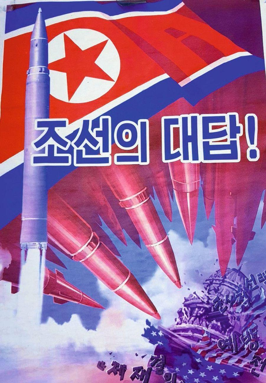 Le poster « La réponse de la Corée à l'option militaire de Trump ». Il représente le Capitole, à Washington, visé par des missiles