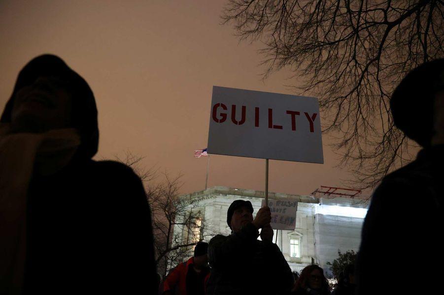Manifestation contre l'acquittement de Donald Trump, à Washington, le 5 février 2020.