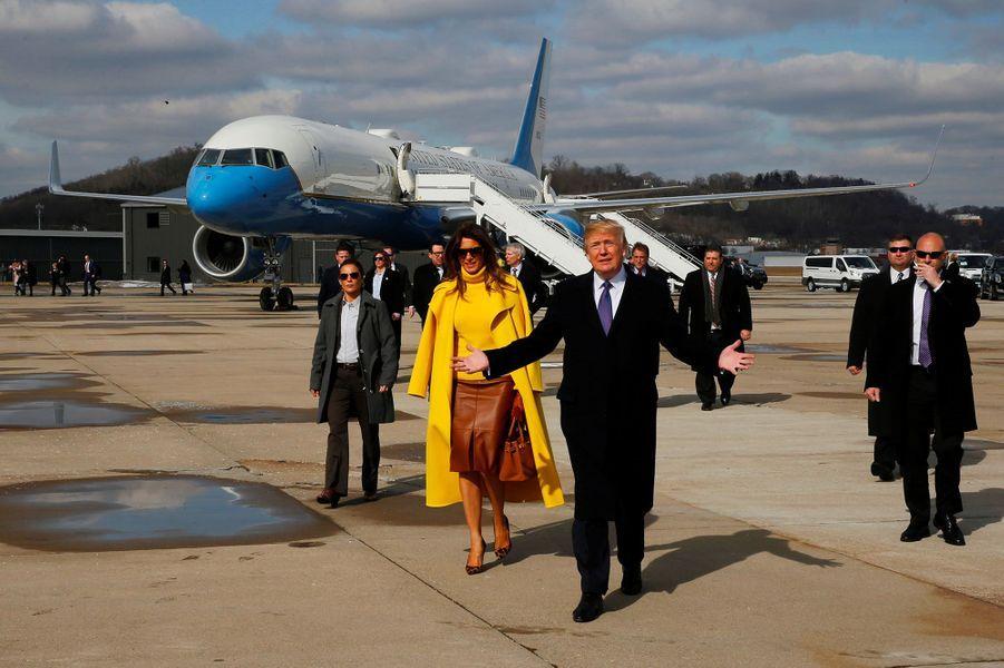 Donald et Melania Trump arrivant dans l'Ohio, le 5 février 2018.