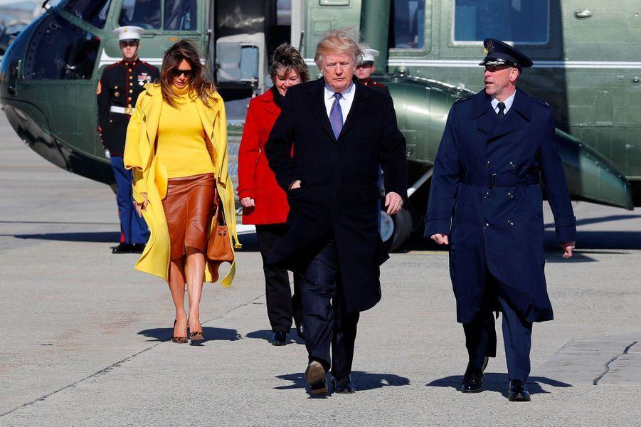 Donald et Melania Trump avant d'embarquer à bord d'Air Force One, le 5 février 2018.