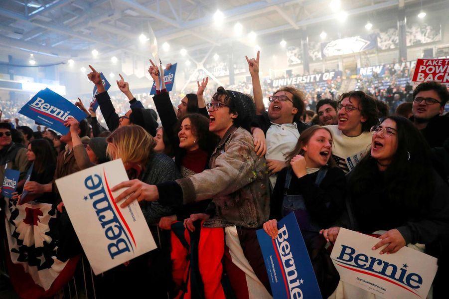 Les partisans de Bernie Sanders à un meeting à Durham, dans le New Hampshire, le 10 février 2020.