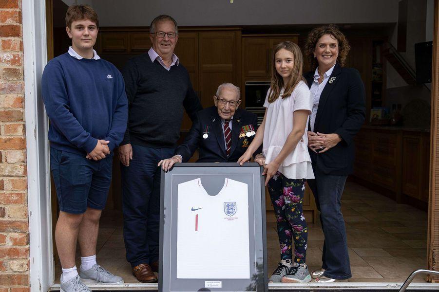 Tom Moore et sa famille