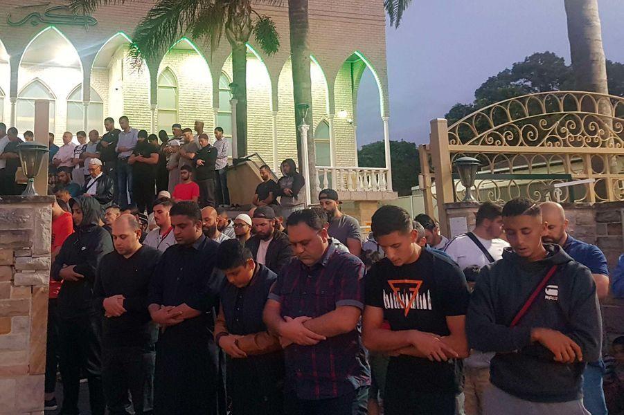 Hommage à Wakemba, en Australie, après l'attentat commis à Christchurch, en Nouvelle-Zélande.