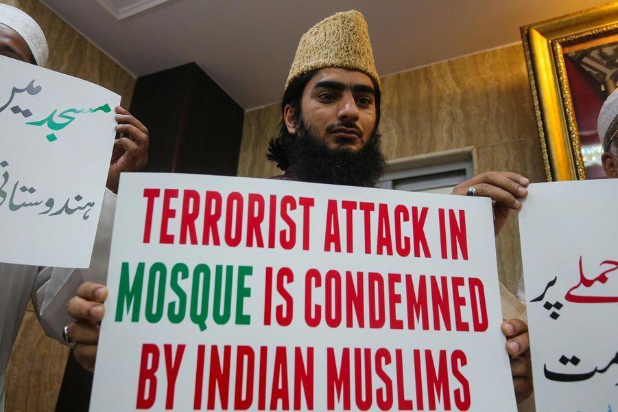 Hommage à Bombay, en Inde, après l'attentat commis à Christchurch, en Nouvelle-Zélande.