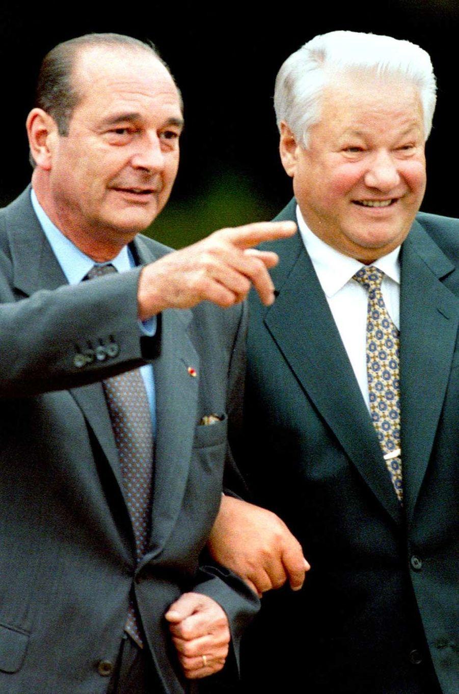 Jacques Chirac et le président russe Boris Eltsine à Rambouillet, en octobre 1995.