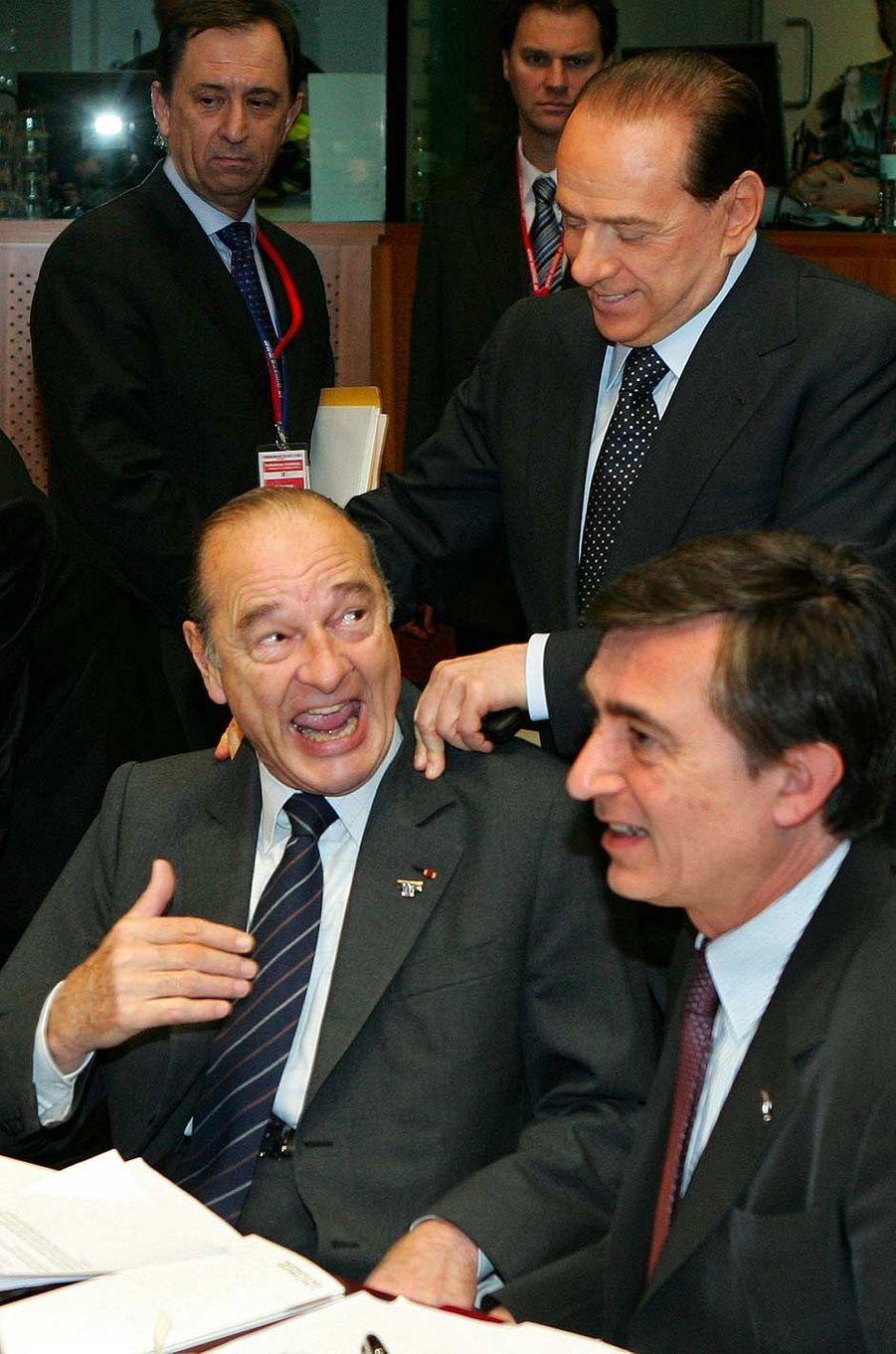 Jacques Chirac et le Premier ministre italien Silvio Berlusconi à Bruxelles, en mars 2006.