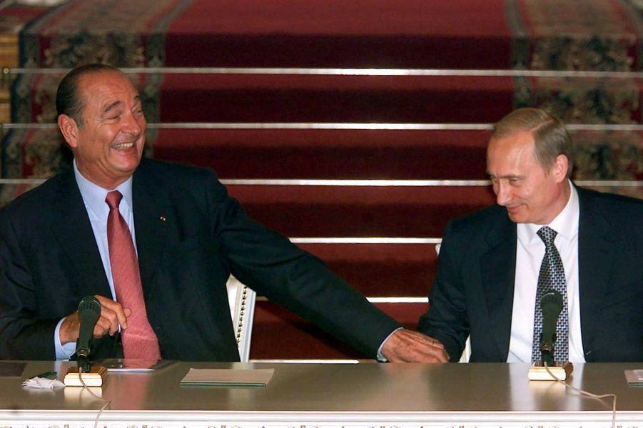 Jacques Chirac et le président russe Vladimir Poutine à Moscou, en juillet 2001.