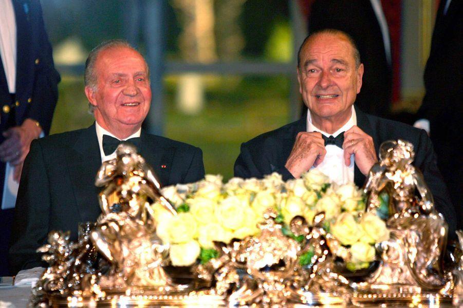 Le roi Juan Carlos d'Espagne et Jacques Chirac à l'Elysée, en mars 2006.