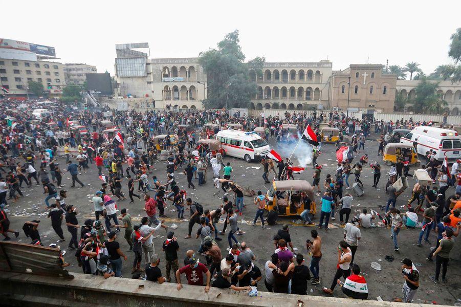 14 morts dans de nouvelles manifestations pour