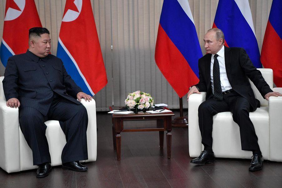 Kim Jong-un et Vladimir Poutine à Vladivostok, en Russie, le 25 avril 2019.