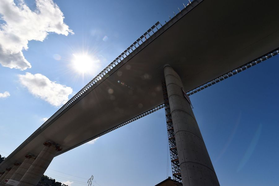 Le nouveau pont autoroutier de Gênes, en Italie.