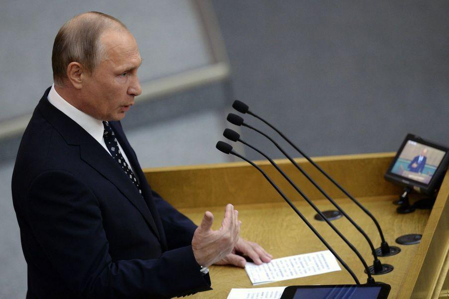 Vladimir Poutine devant la Douma, le 5 octobre 2016.