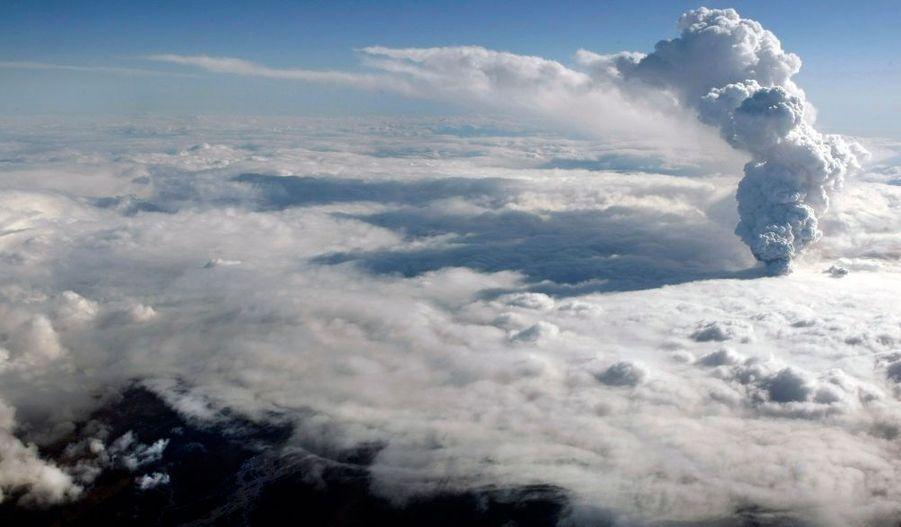 Les dernières éruptions historiques connues datent de 550, 1612 et de 1823.