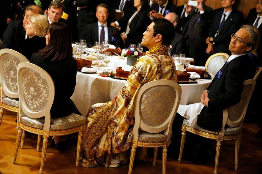 La star japonaise Pikotarolors du dîner d'Etat à Tokyo, le 6 novembre 2017.