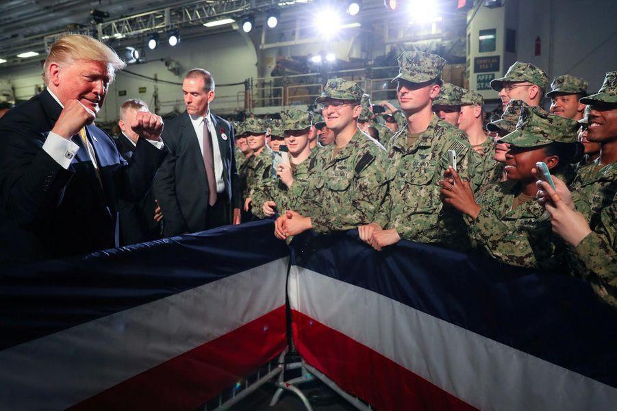 Donald Trump sur la base navale de Yokosuka, le 28 mai 2019.