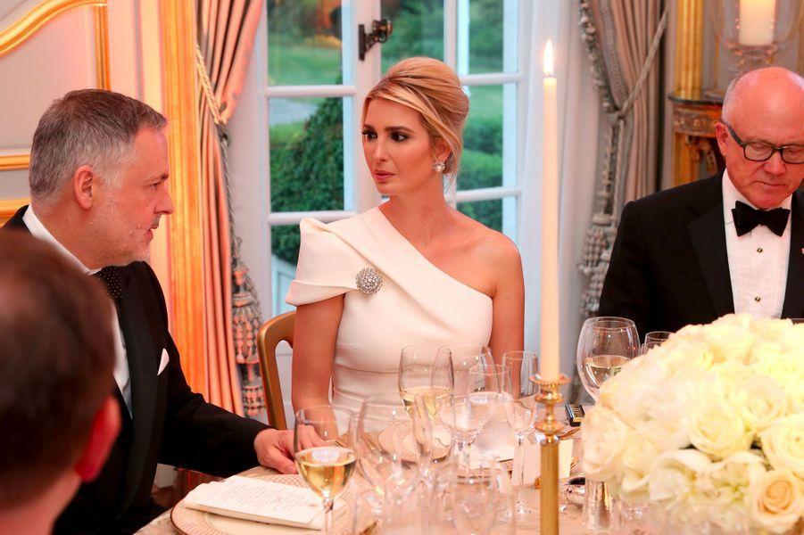 Ivanka Trump mardi soir à Winfield House.