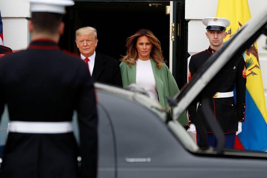 Donald et Melania Trump à la Maison-Blanche avant l'arrivée duprésident équatorien Lenin Moreno et son épouse Rocio Gonzalez, le 12 février 2020.