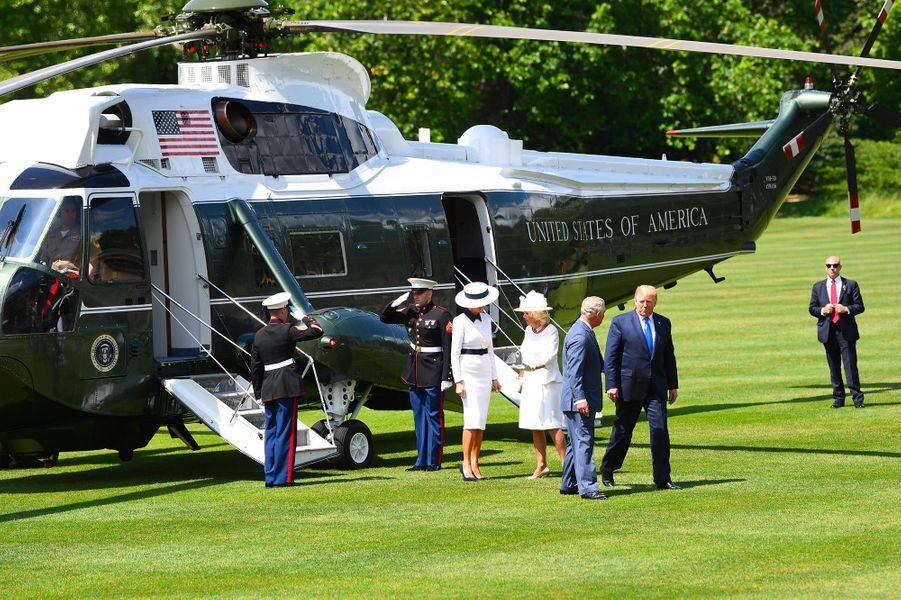Donald et Melania Trump arrivant à Buckingham Palace, le 3 juin 2019.