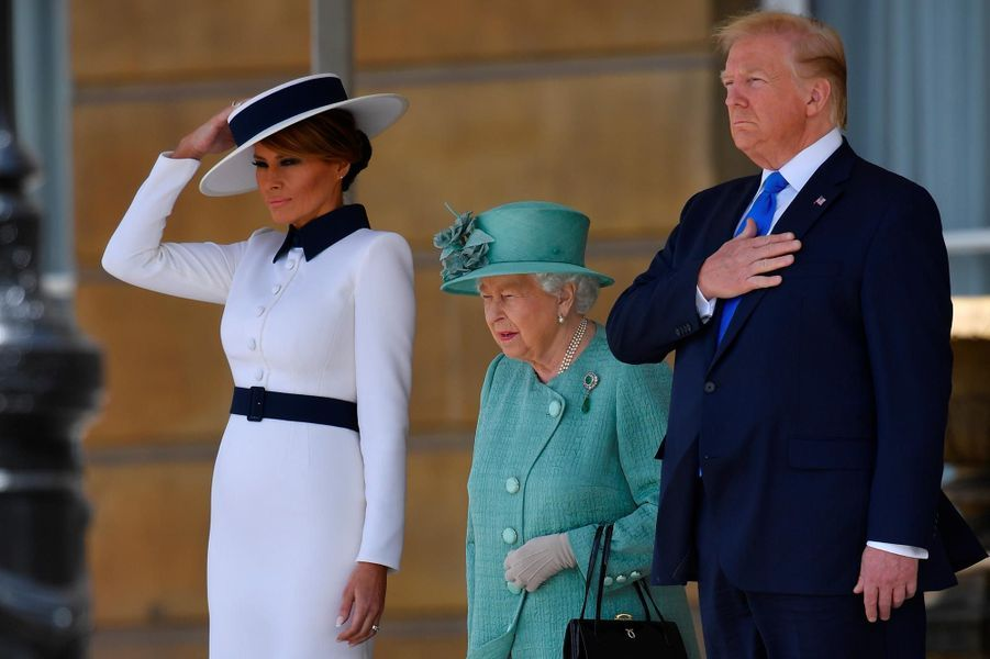 Donald et Melania Trump etla reine Elizabeth II à Buckingham Palace le 3 juin 2019.